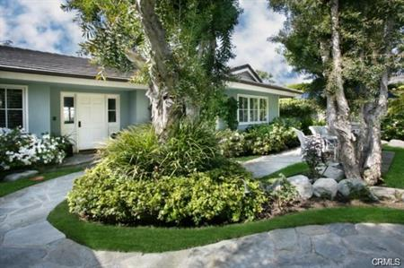 Single Family Homes for Sale at 715 Emerald Bay Laguna Beach, California 92651 United States
