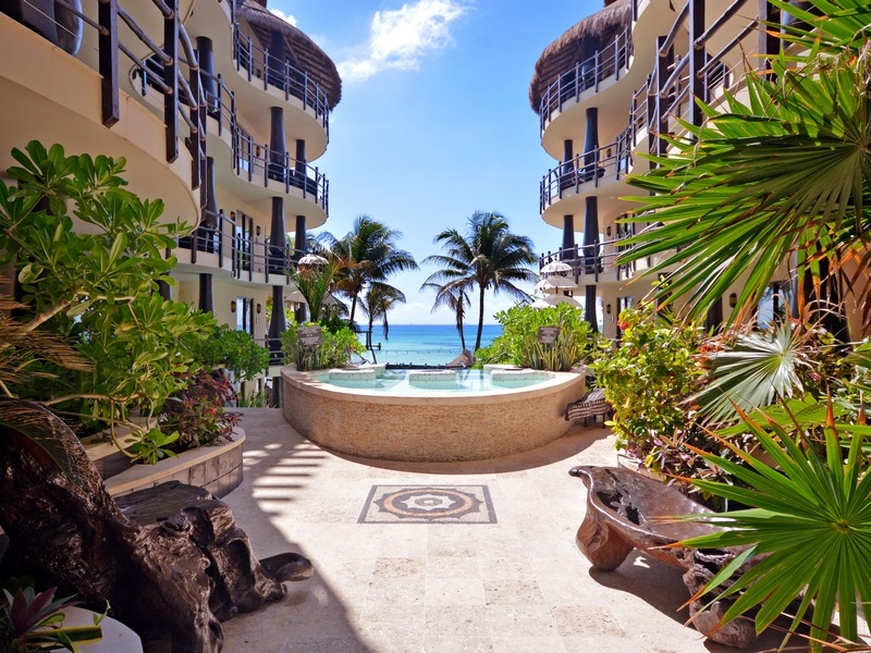 Condominium for Sale at LUXURIOUS BALINESE STYLE APARTMENT Oceanfront, Santuary Level, El Taj Calle 1era Nte, entre 12 y 14 Nte. Playa Del Carmen, Quintana Roo, 77710 Mexico