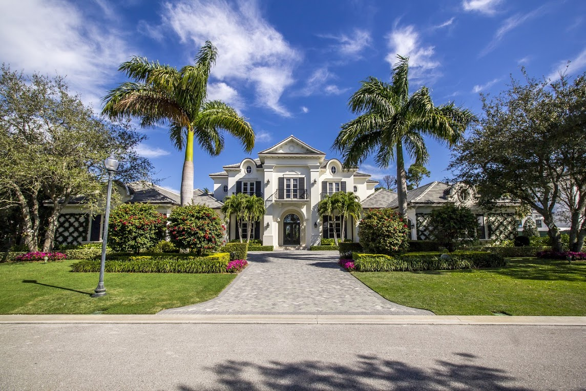 Single Family Home for Sale at 107 West Bear's Club Drive at The Bear's Club 107 West Bear's Club Drive Jupiter, Florida 33477 United States