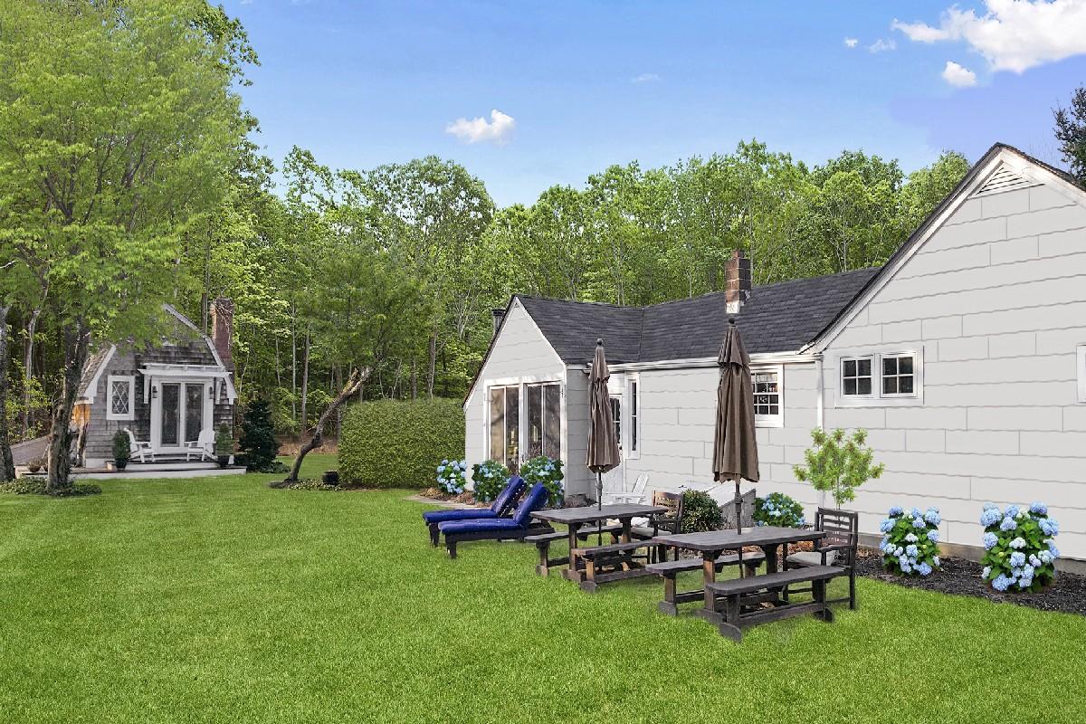 Maison unifamiliale pour l Vente à Charming Ranch 143 South Road Westhampton, New York, 11977 États-Unis