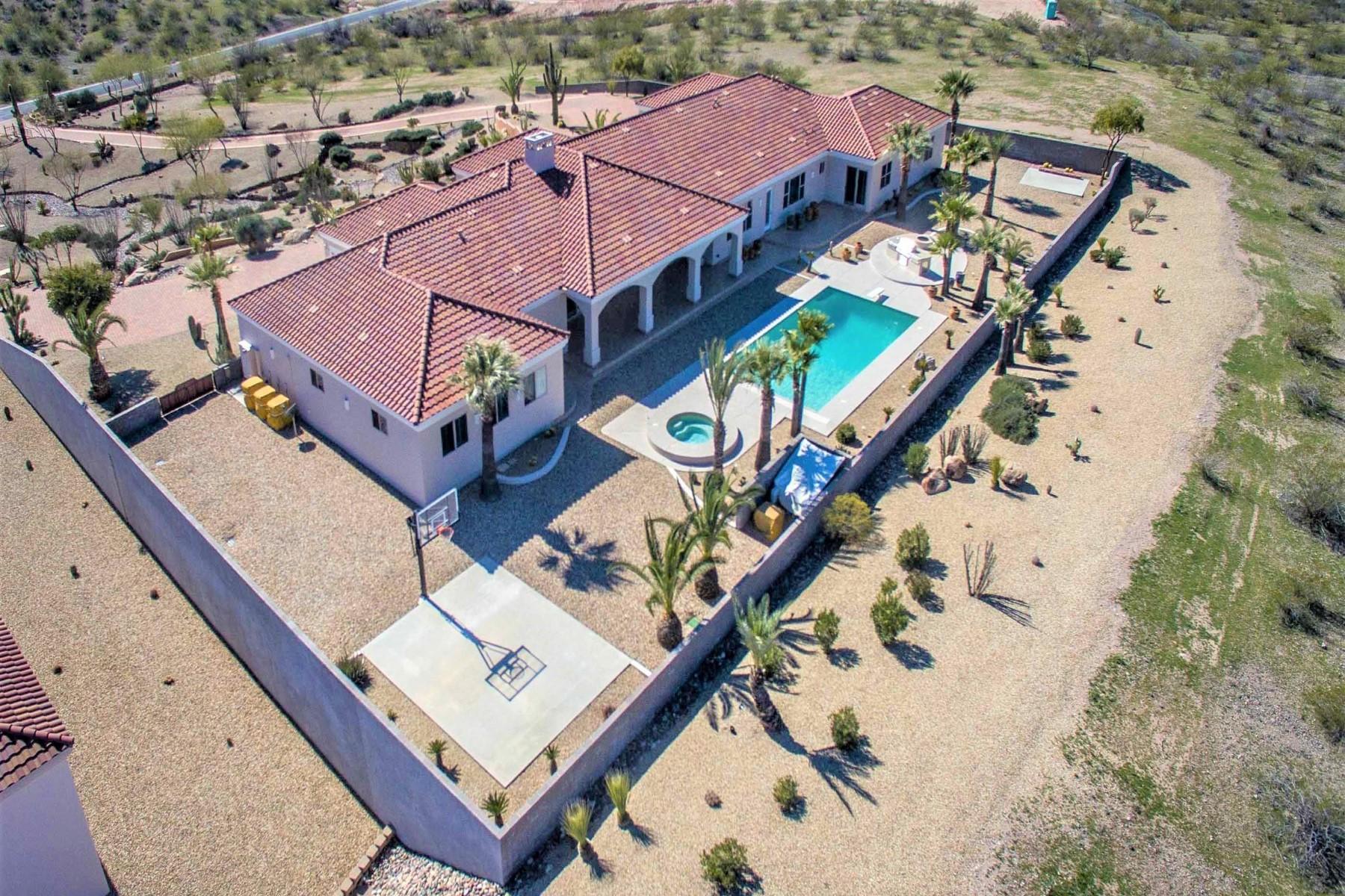 single family homes for Active at Gorgeous Wickenburg Home 2590 Percheron Road Wickenburg, Arizona 85390 United States