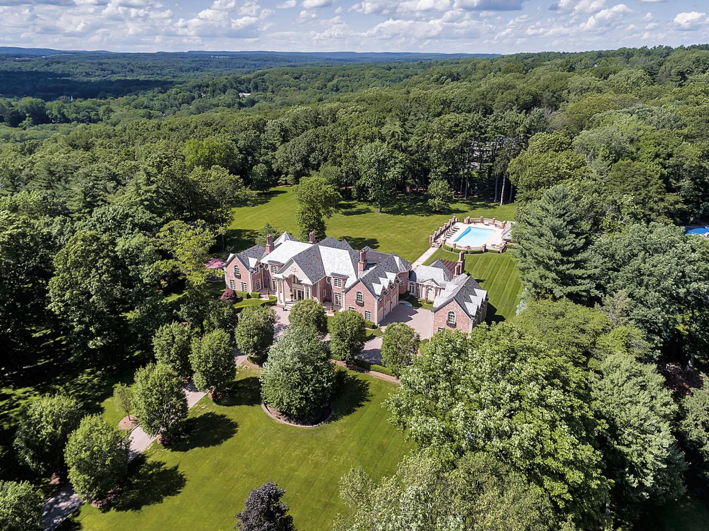 Einfamilienhaus für Verkauf beim Impressive 5 Acre Estate 59 Oak Rd. Saddle River, New Jersey, 07458 Vereinigte Staaten