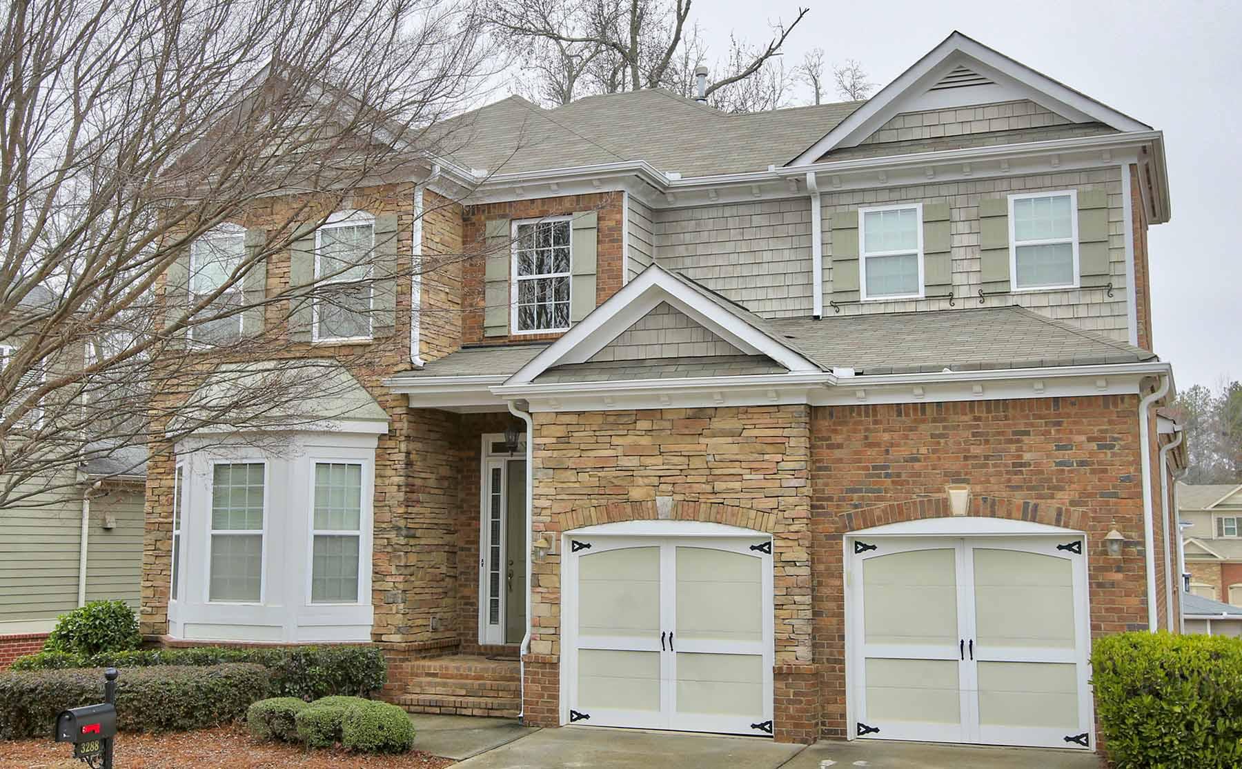Nhà ở một gia đình vì Bán tại Immaculate Home in Crooked Creek 3288 Kentworth Lane Alpharetta, Georgia, 30004 Hoa Kỳ