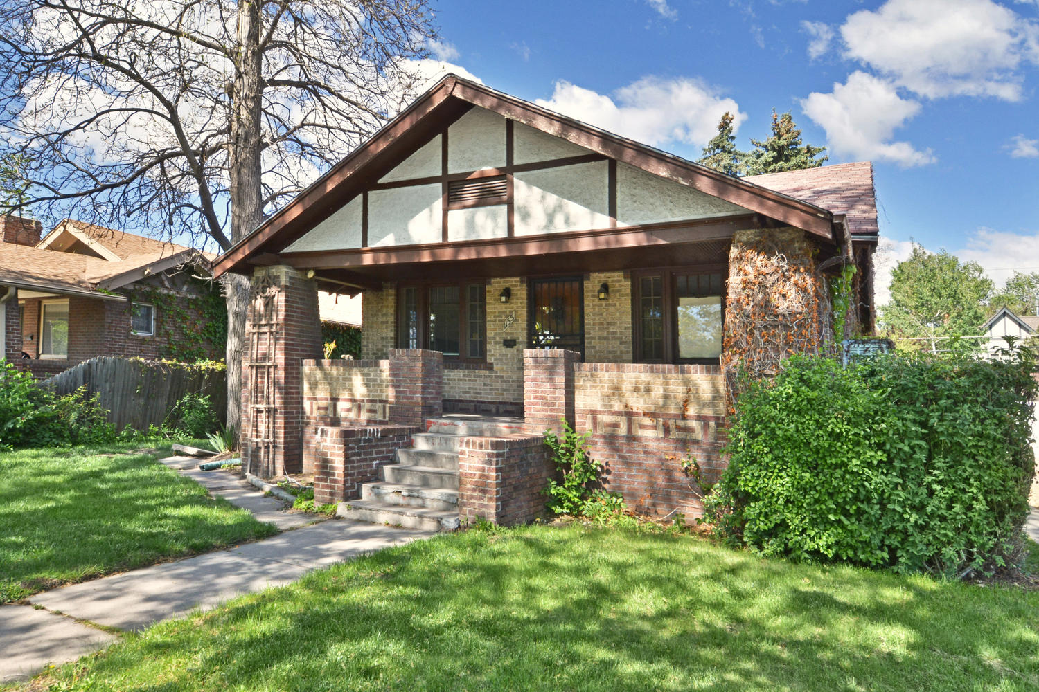 Single Family Home for Sale at Charming Bungalow Across From Washington Park 1155 S Downing St Denver, Colorado, 80210 United States