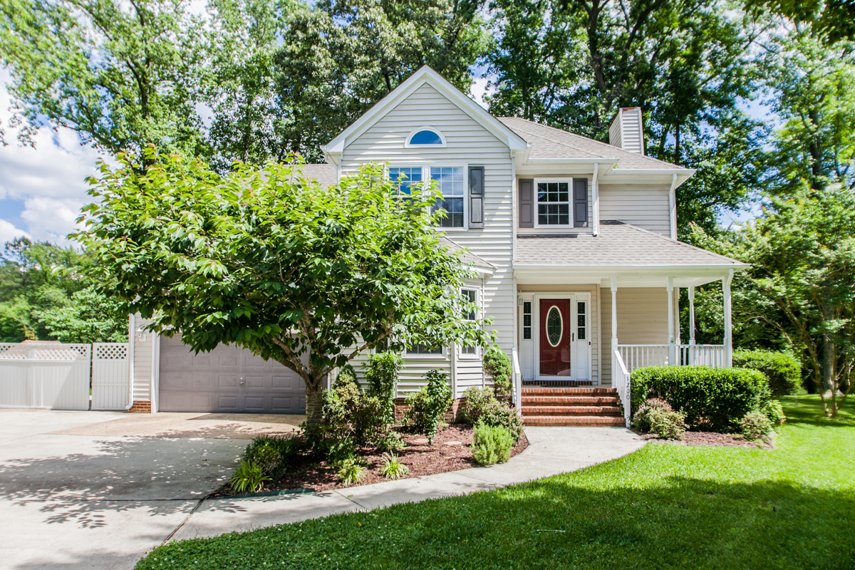 Single Family Home for Sale at Davids Mill 1200 Manor View Ct Chesapeake, Virginia 23321 United States