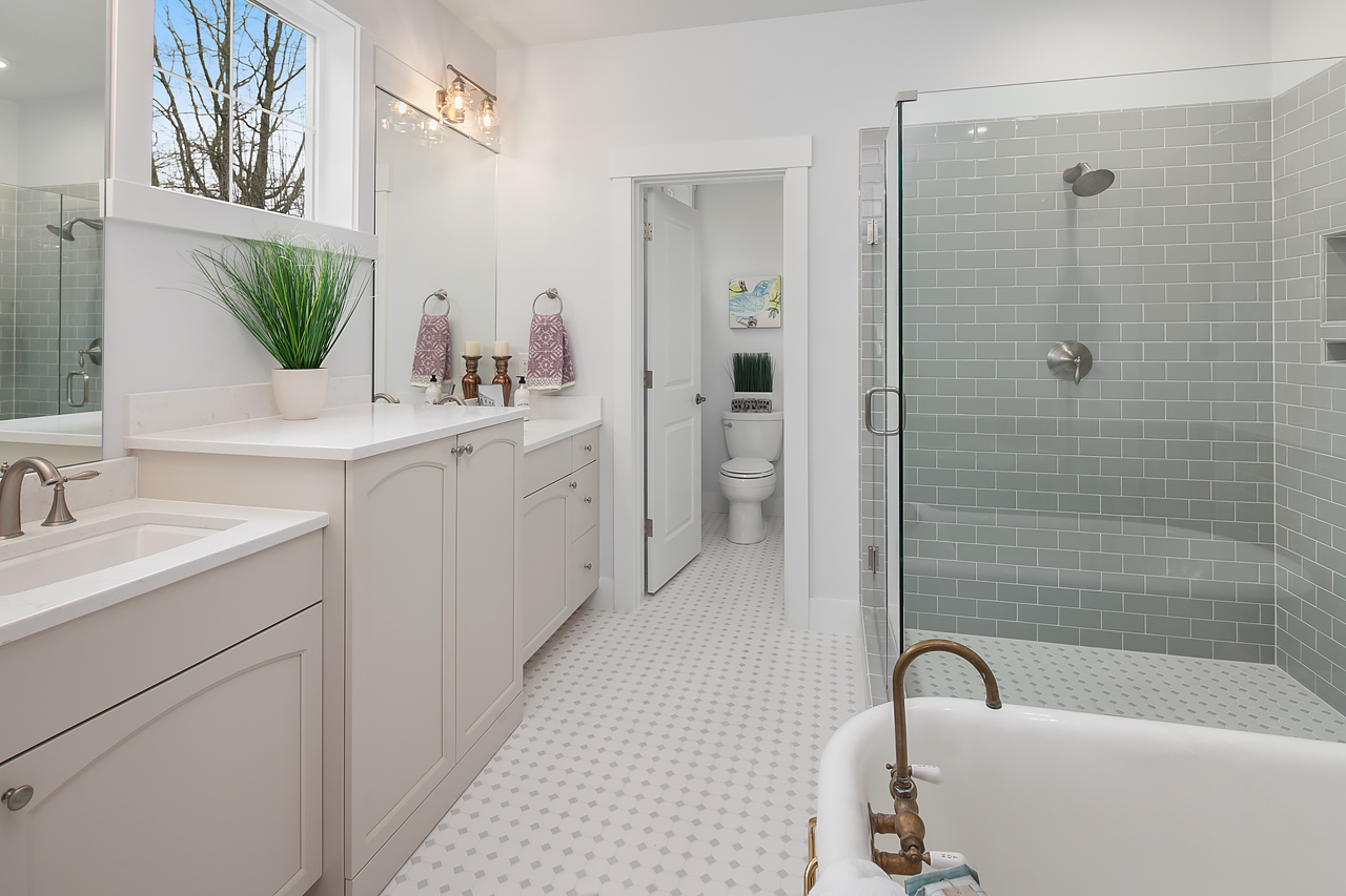 Additional photo for property listing at Juanita Cottages 9427 NE 128th St Kirkland, Washington 98034 United States