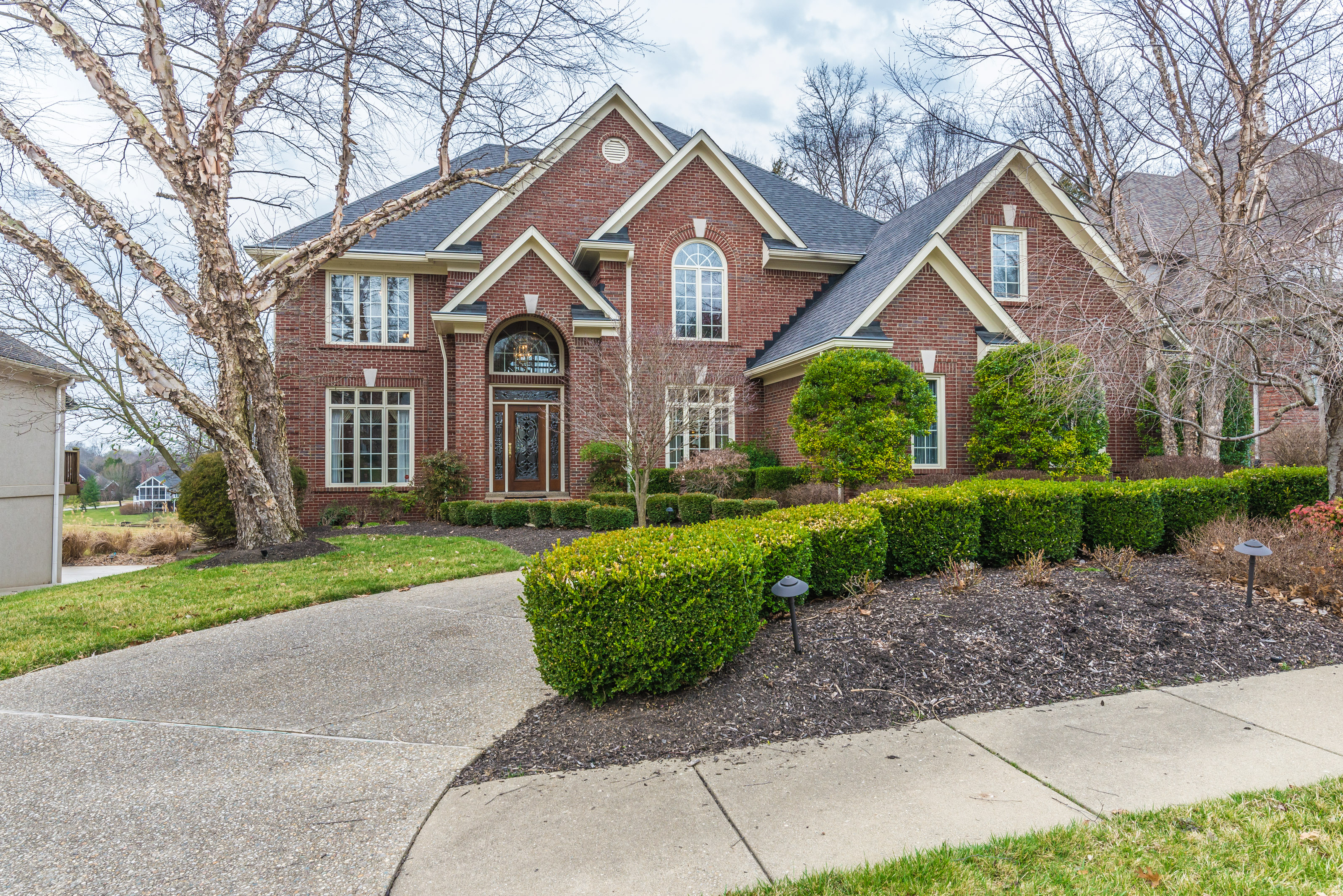 Single Family Home for Sale at 15012 Forest Oaks Drive Louisville, Kentucky 40245 United States