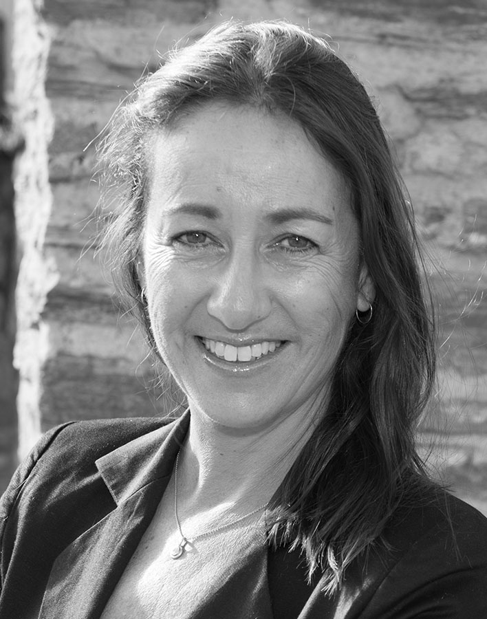 Suzanne Vidak