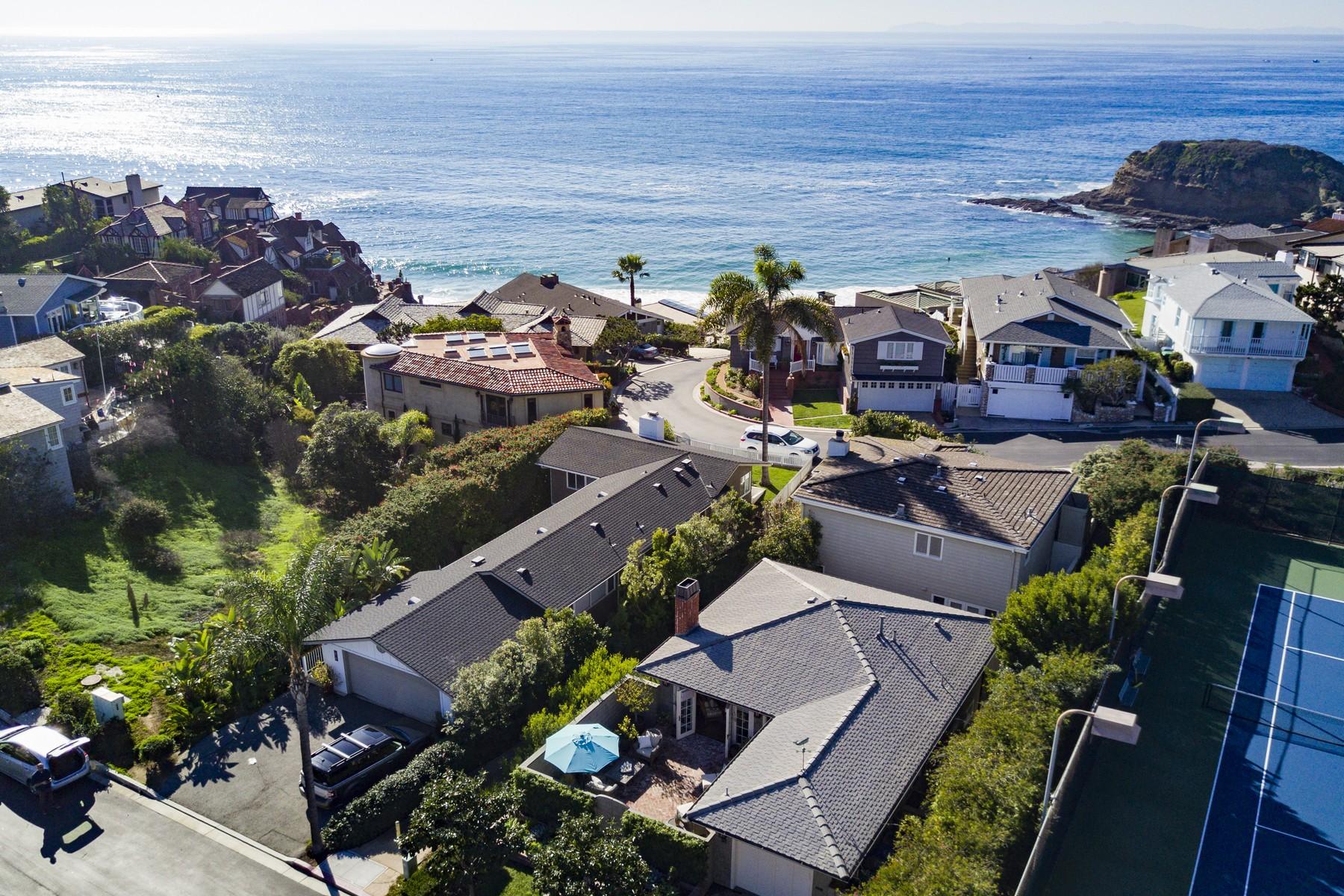 独户住宅 为 销售 在 58 S. La Senda Dr. 拉古纳, 加利福尼亚州, 92651 美国