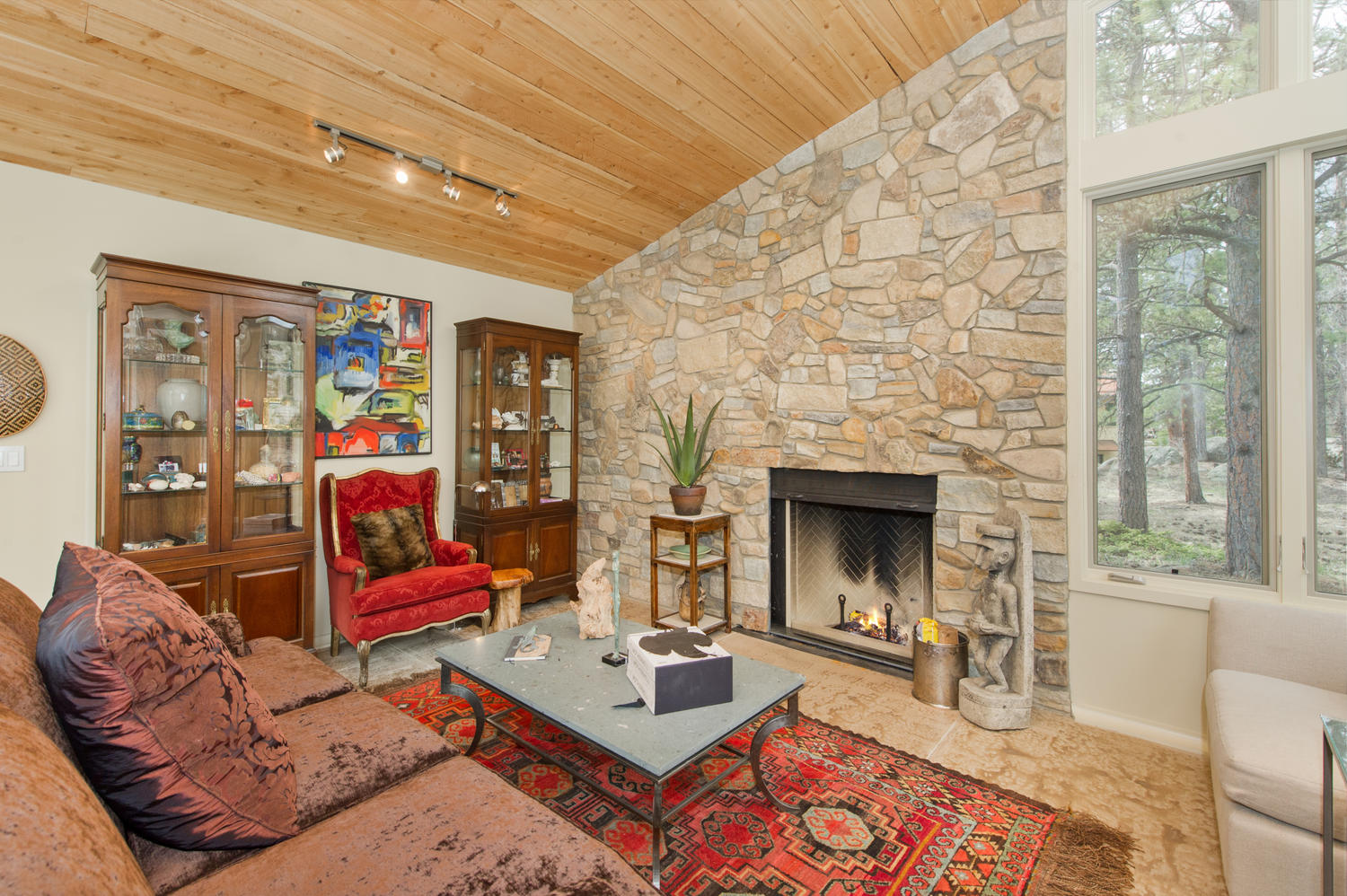 Additional photo for property listing at Impressive Italian Farmhouse With A Guest Cottage 6981 Overland Road Ward, Colorado 80481 United States