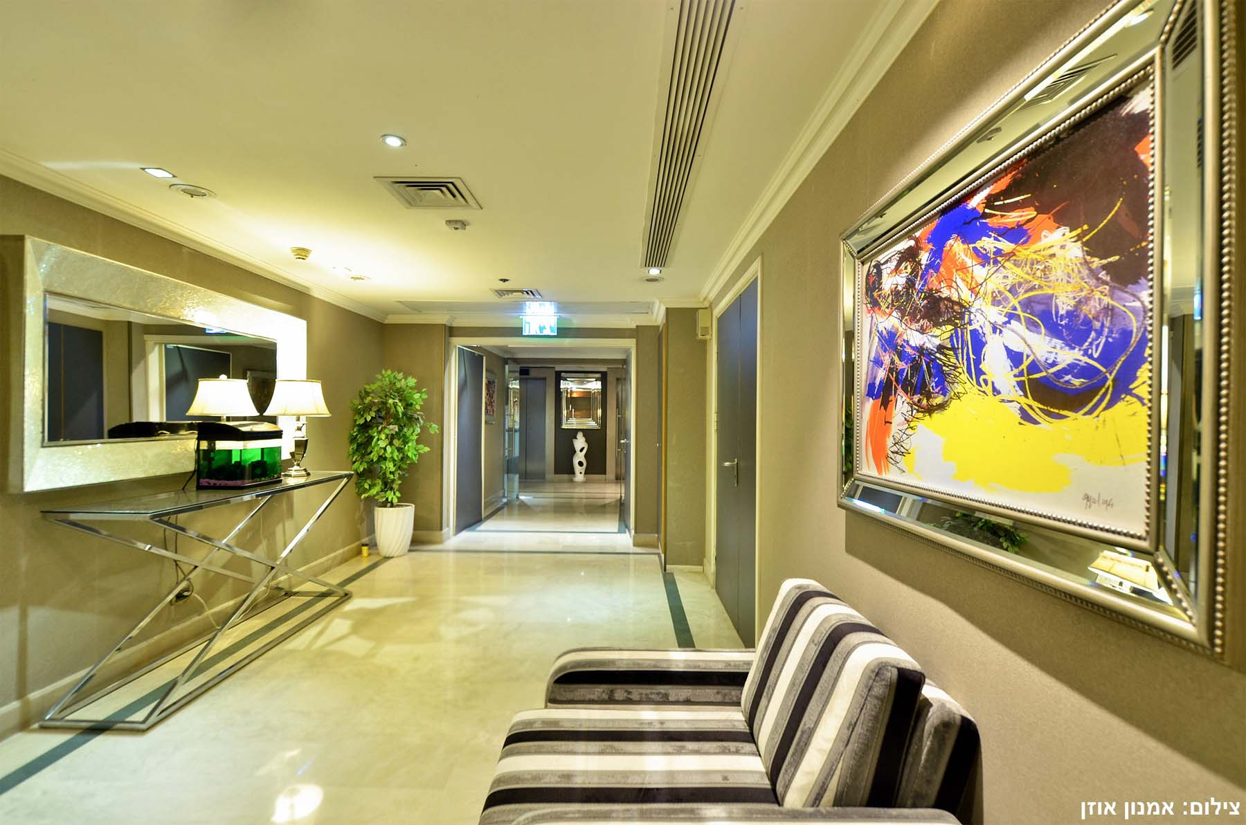 Additional photo for property listing at European Style Luxury Apartment in Leonardo City Tower 拉马特甘, 以色列 以色列