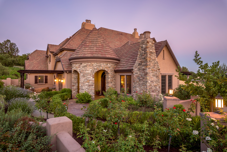 独户住宅 为 销售 在 11158 Vista Del Sol, Auburn, CA 95603 11158 Vista Del Sol 欧本, 加利福尼亚州 95603 美国