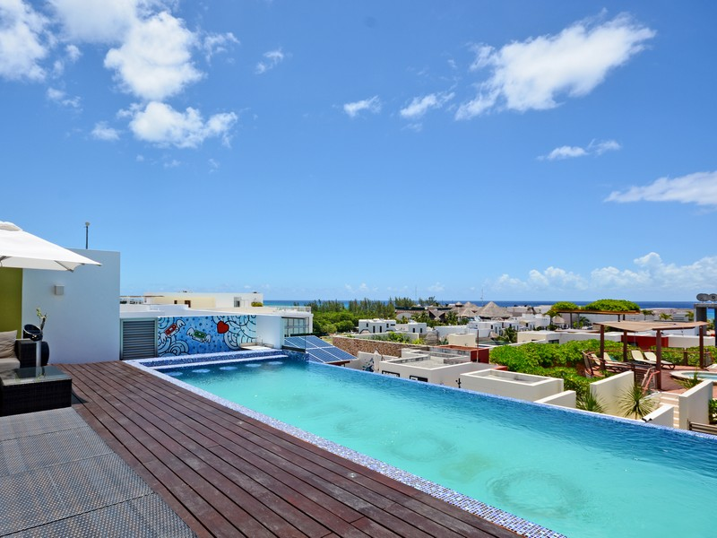 Additional photo for property listing at REFINED 3 BEDROOM PENTHOUSE Calle CTM y calle 44 Nte Lote 002 S/N, 1era Ave. Nte Playa Del Carmen, Quintana Roo 77710 Mexico