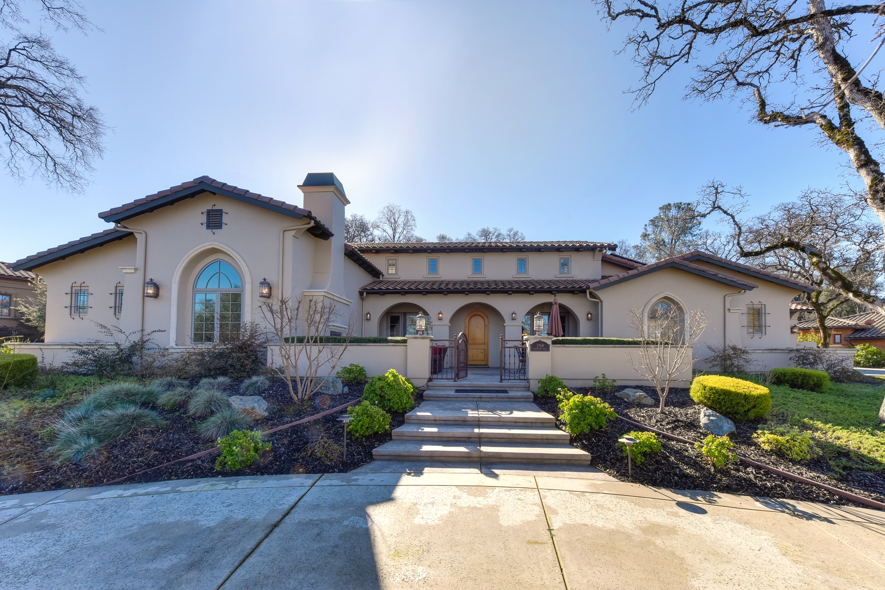 Casa Unifamiliar por un Venta en 3769 Greenview Drive, El Dorado Hills, CA 95762 El Dorado Hills, California 95762 Estados Unidos
