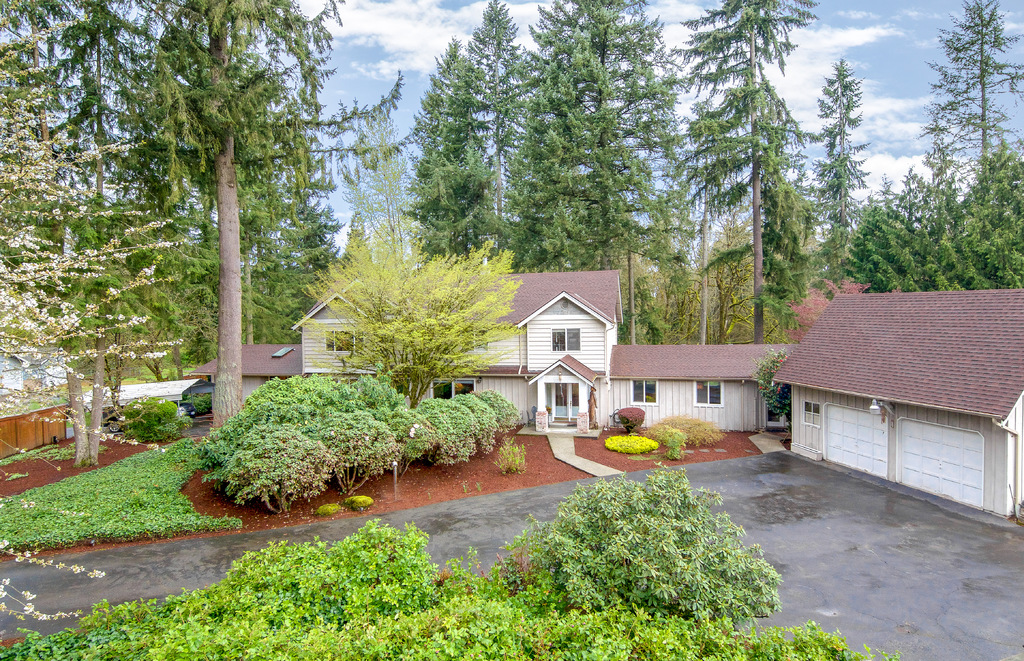 Single Family Home for Sale at Retreat Living in Cottage Lake 16111 216th Ave NE Woodinville, Washington 98077 United States