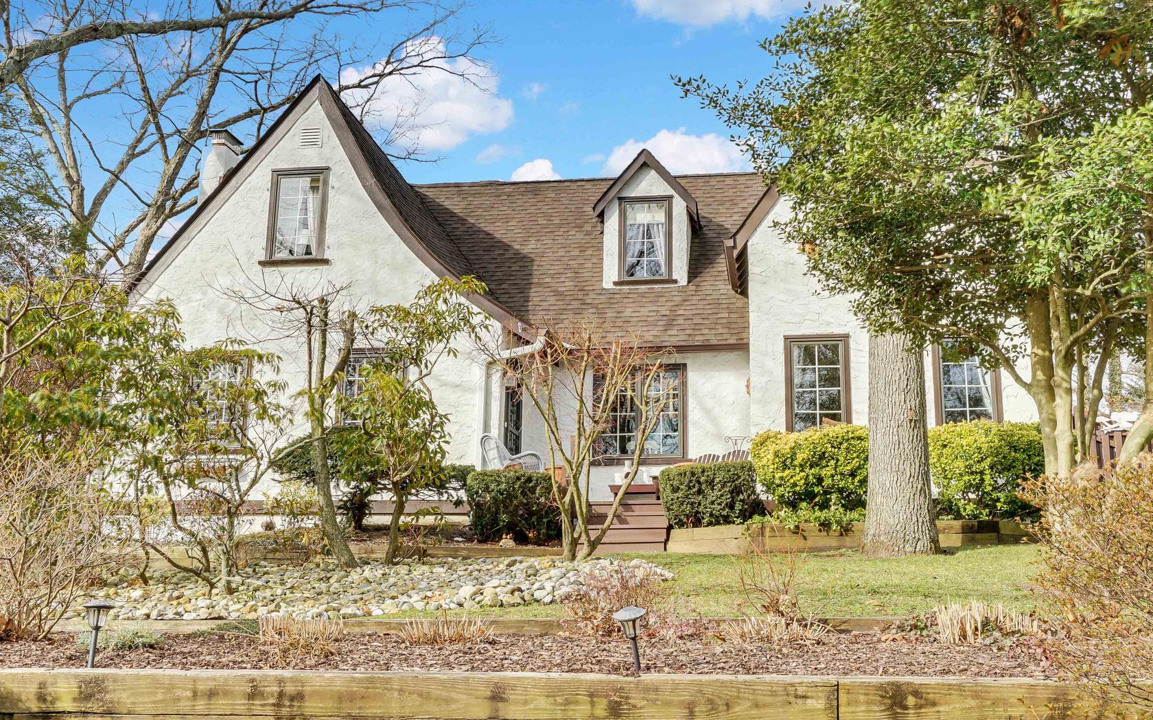 独户住宅 为 销售 在 Tudoor 2559 Algonkin Trail Manasquan, 新泽西州, 08736 美国