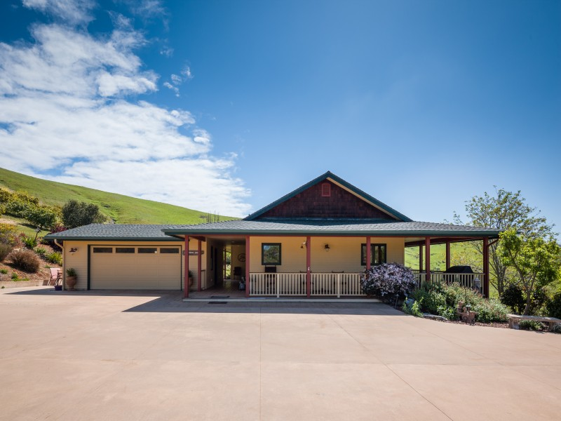 Single Family Home for Sale at 40 Acre Coastal Ranch 1670 Rising Star Place Cayucos, California, 93430 United States