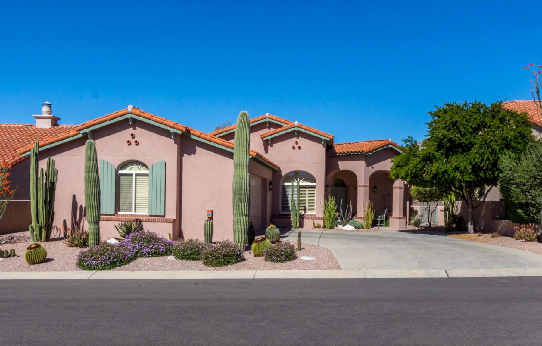 独户住宅 为 销售 在 Ventana Canyon Country Club Estates Lot 2 6535 N Desert Breeze Court 图森, 亚利桑那州, 85750 美国