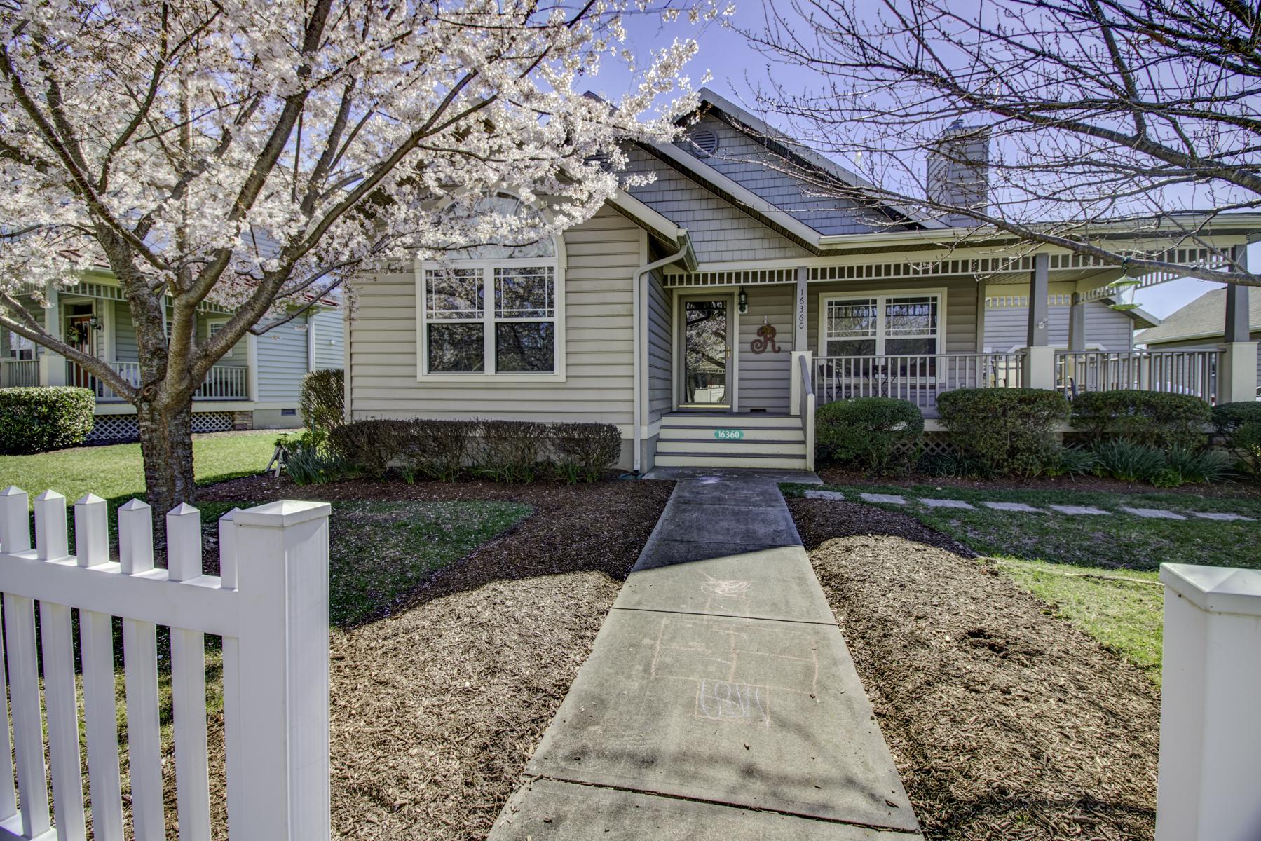 Tek Ailelik Ev için Satış at Contemporary Coastal Cottage 16360 John Rowland Trail Milton, Delaware, 19968 Amerika Birleşik Devletleri