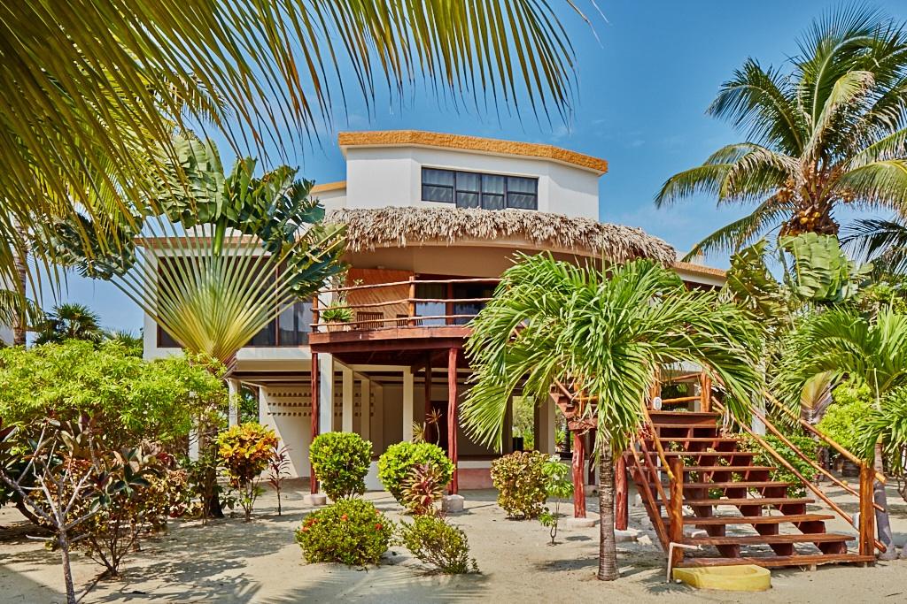 Casa Unifamiliar por un Venta en Villa Jade at La Perla Del Caribe San Pedro Town, Ambergris Caye, Belice