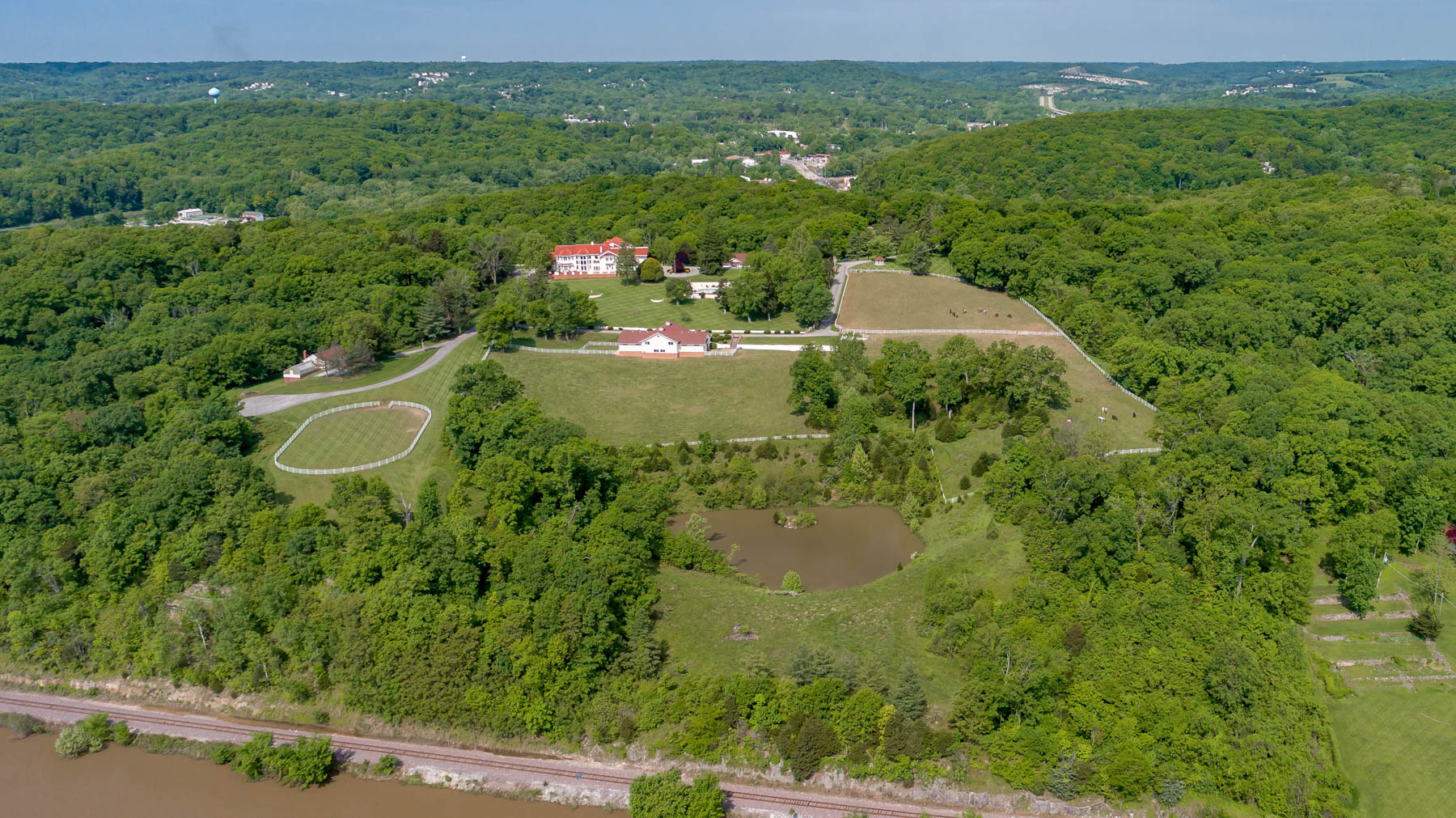 Additional photo for property listing at Ticino Dr 525 Ticino Dr Imperial, Missouri 63052 United States