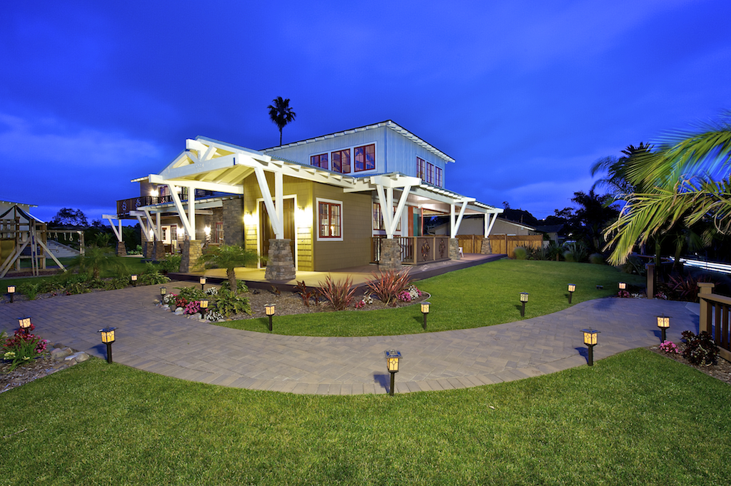 Single Family Home for Active at 975 Eolus Ave 975 Eolus Ave Encinitas, California 92024 United States