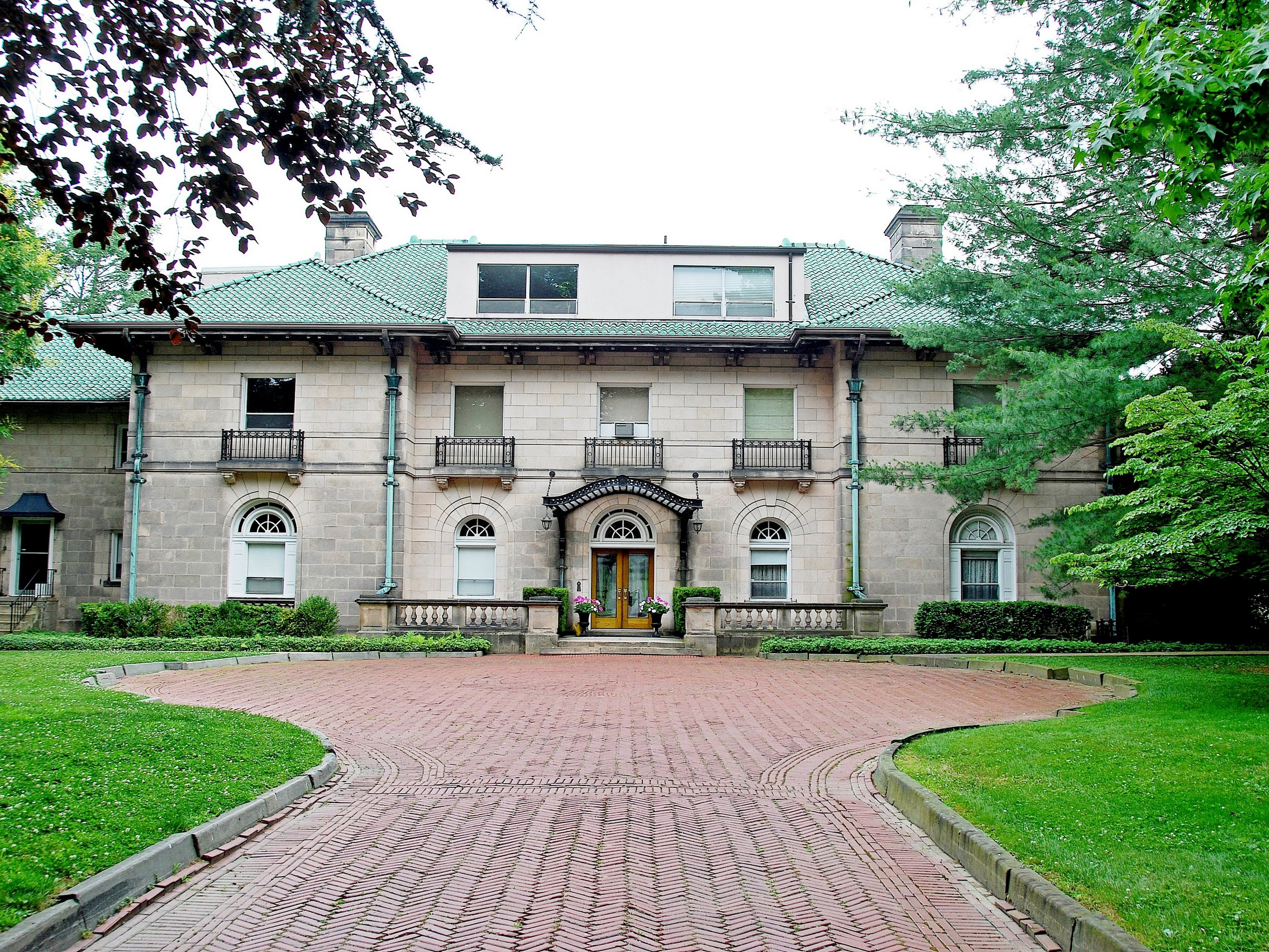 Condominium for Sale at Condo in Riverfront Mansion 531 North Broadway Upper Nyack, New York 10960 United States
