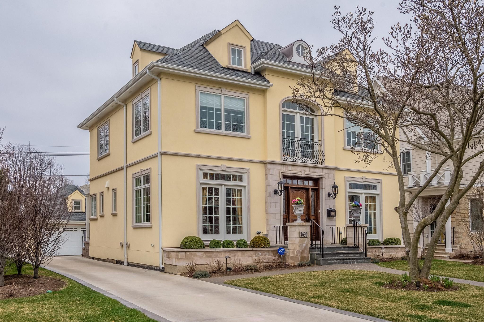 独户住宅 为 销售 在 4630 Franklin 鸭子湖, 伊利诺斯州, 60558 美国
