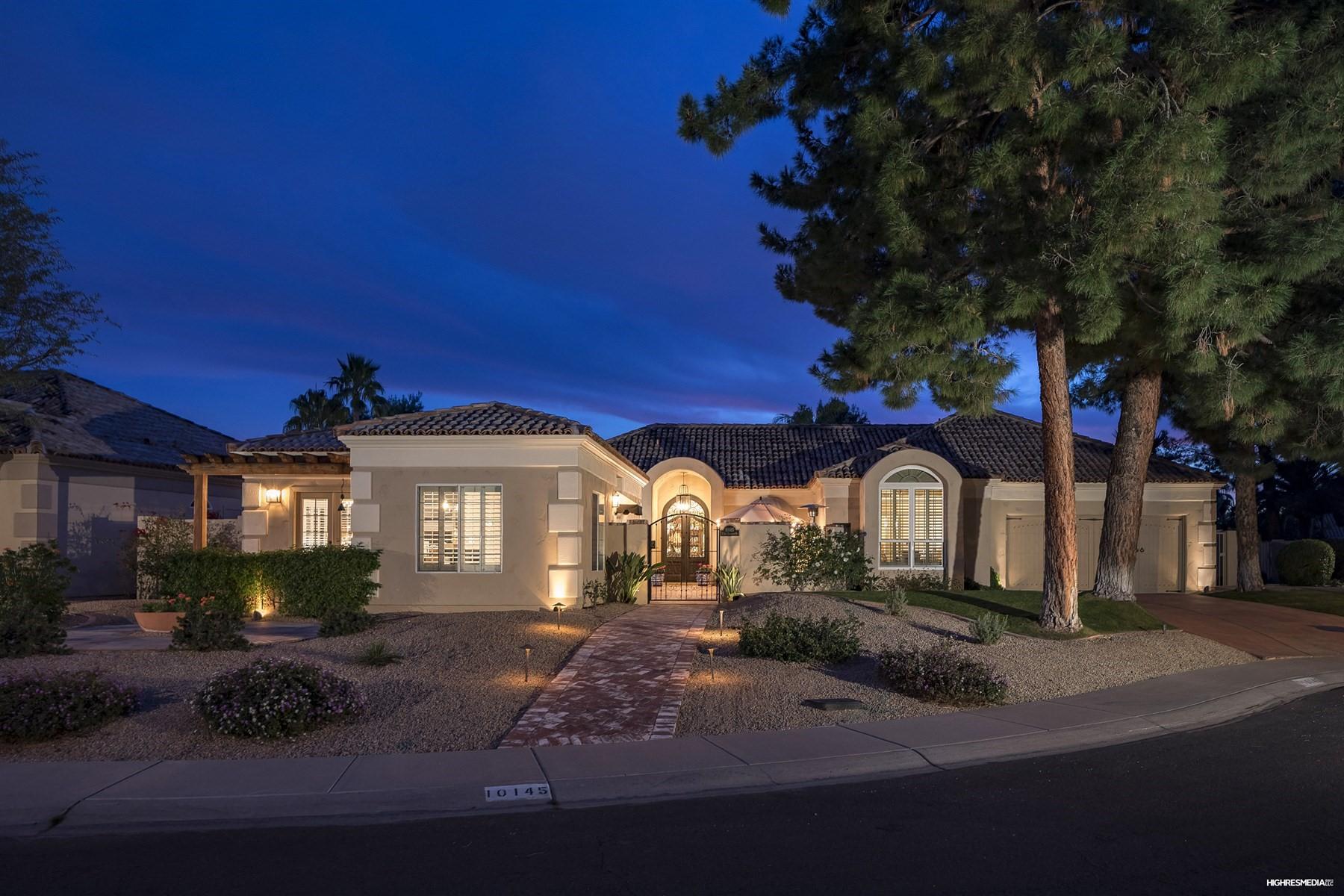 Nhà ở một gia đình vì Bán tại One of a kind home St. Tropez Estates 10145 E SAN SALVADOR DR Scottsdale, Arizona, 85258 Hoa Kỳ