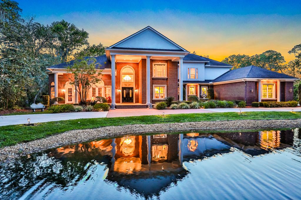 Single Family Home for Sale at Weaver Glen 1319 Weaver Glen Road Jacksonville, Florida 32223 United States