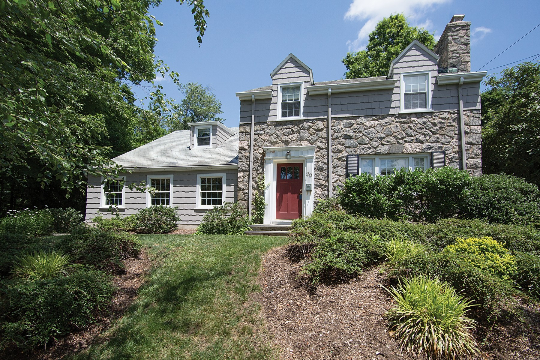 sales property at Charming Colonial
