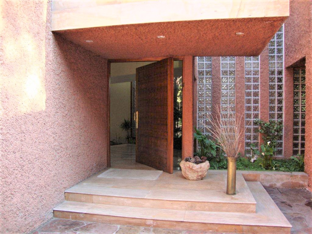Einfamilienhaus für Verkauf beim Sophisticated and elegant Vitacura, Santiago, Region Metropolitana De Santiago Chile