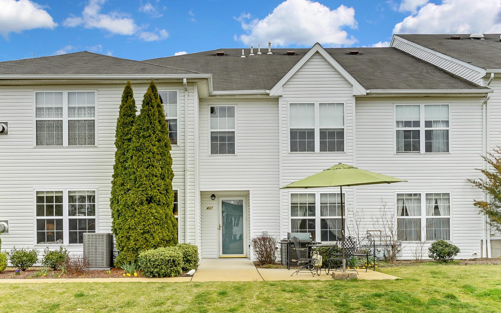 Single Family Home for Sale at Lovely 2 Bedroom Condo 407 Deuce Dr Wall, New Jersey 07719 United States
