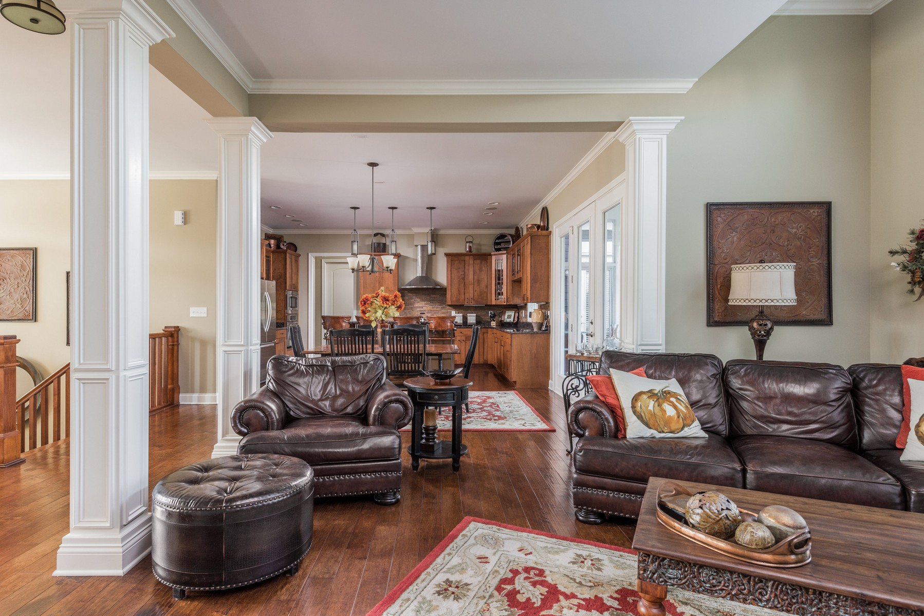 Additional photo for property listing at Elegant Ranch Home in Carmel 13211 Carmichael Lane Carmel, Indiana 46032 United States