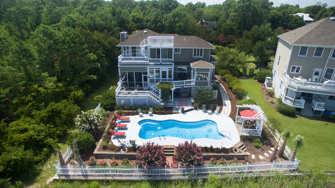 Single Family Home for Sale at 842 Shinn Point Road Wilmington, North Carolina, 28409 United States
