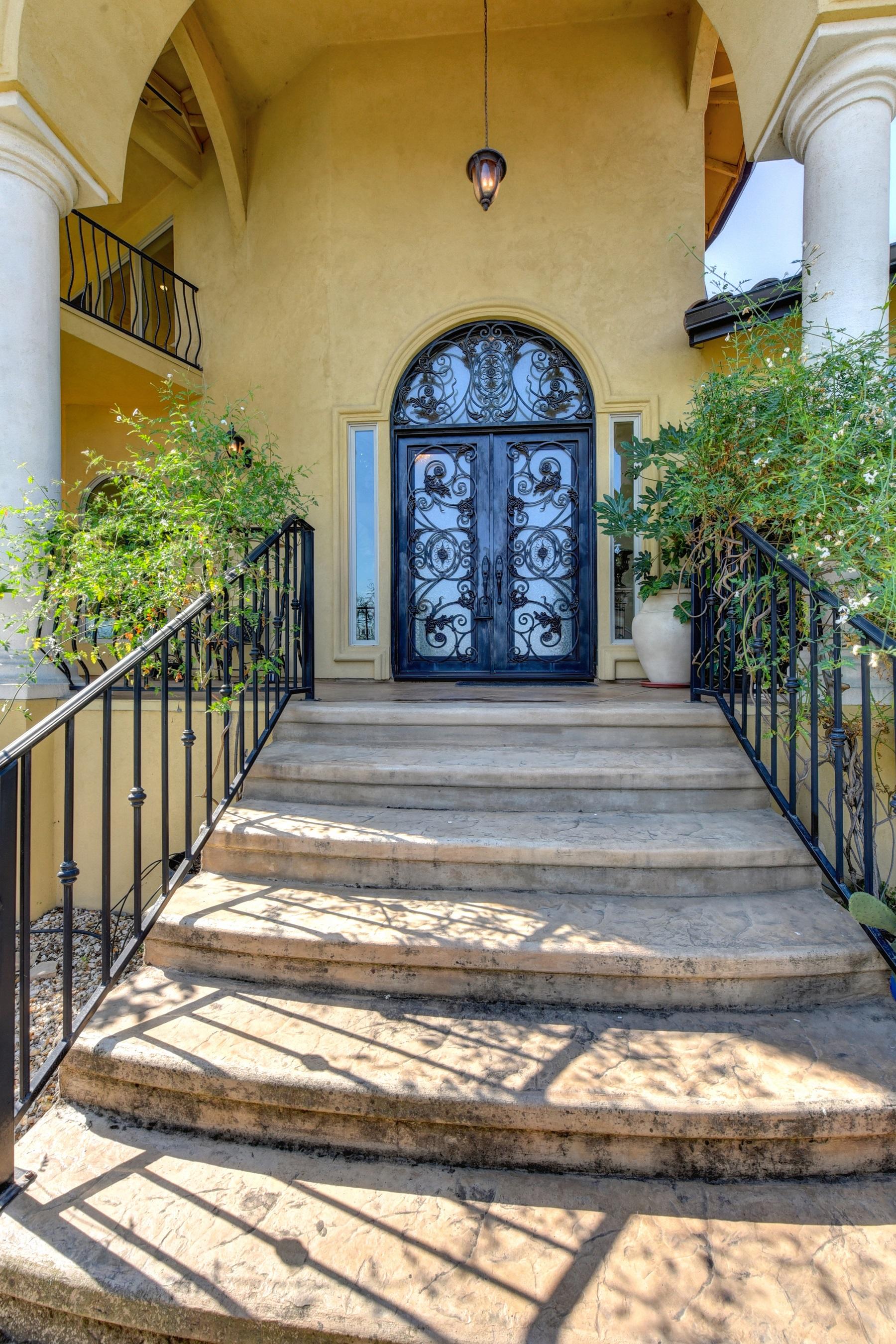 Casa Unifamiliar por un Venta en 1610 Zapata Drive, El Dorado Hills, CA 95762 El Dorado Hills, California 95762 Estados Unidos
