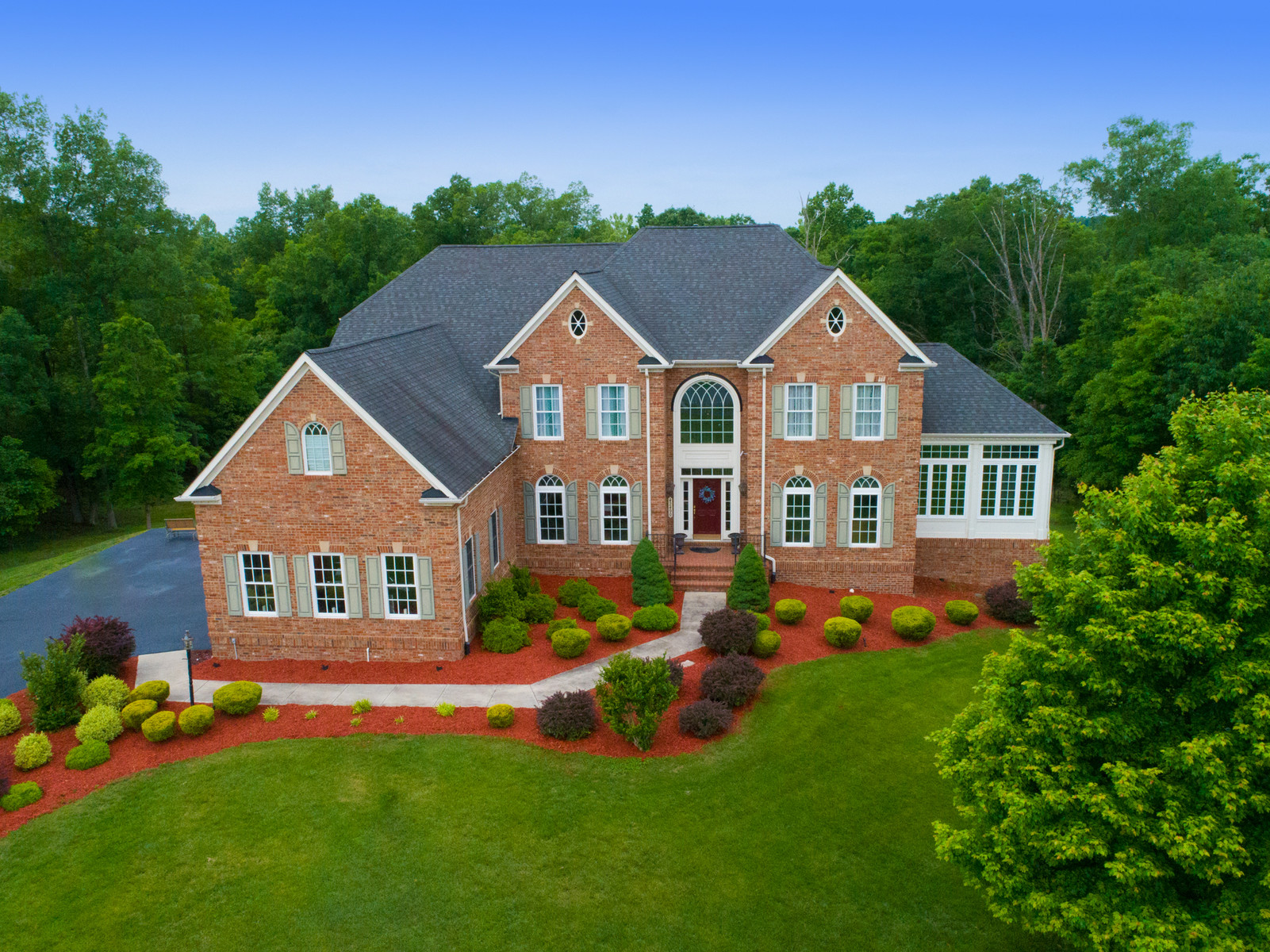 Single Family Home for Sale at 7,500 Square Foot NV Home Clifton Park on 3 Acres 42490 Iron Bit Pl Chantilly, Virginia 20152 United States
