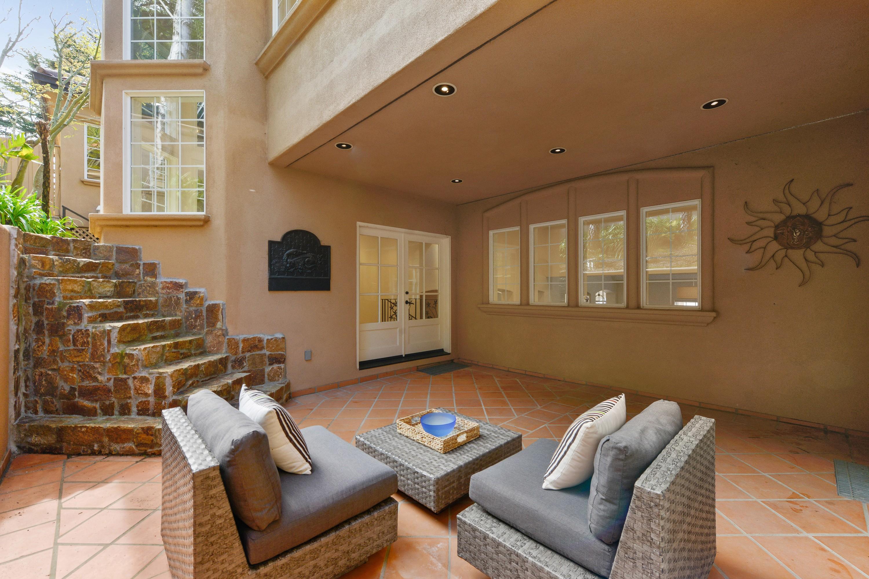 Additional photo for property listing at European Luxury Estate 80 Gilmartin Drive Tiburon, California 94920 United States
