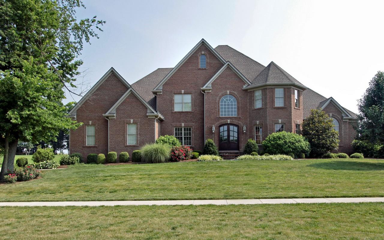 Villa per Vendita alle ore 206 Golf Club Drive Nicholasville, Kentucky, 40356 Stati Uniti
