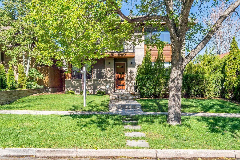 Частный односемейный дом для того Продажа на Sophisticated single family home 559 Madison Street Denver, Колорадо, 80206 Соединенные Штаты