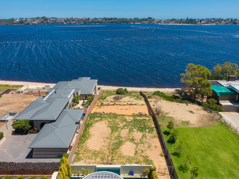土地 のために 売買 アット Pristine Land on Perth's Swan River 156A Victoria Ave Other Western Australia, Western Australia, 6009 オーストラリア