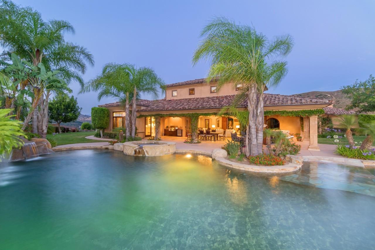 Villa per Vendita alle ore 18880 Old Coach Way Poway, California, 92064 Stati Uniti