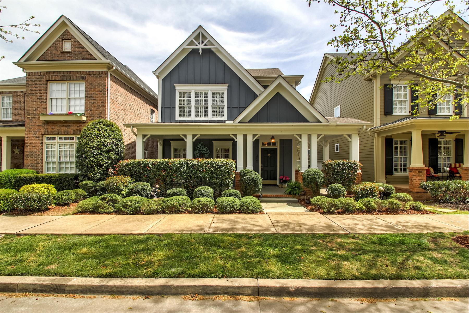 Casa para uma família para Venda às Charming Westhaven Home 302 Starling Lane Franklin, Tennessee, 37064 Estados Unidos
