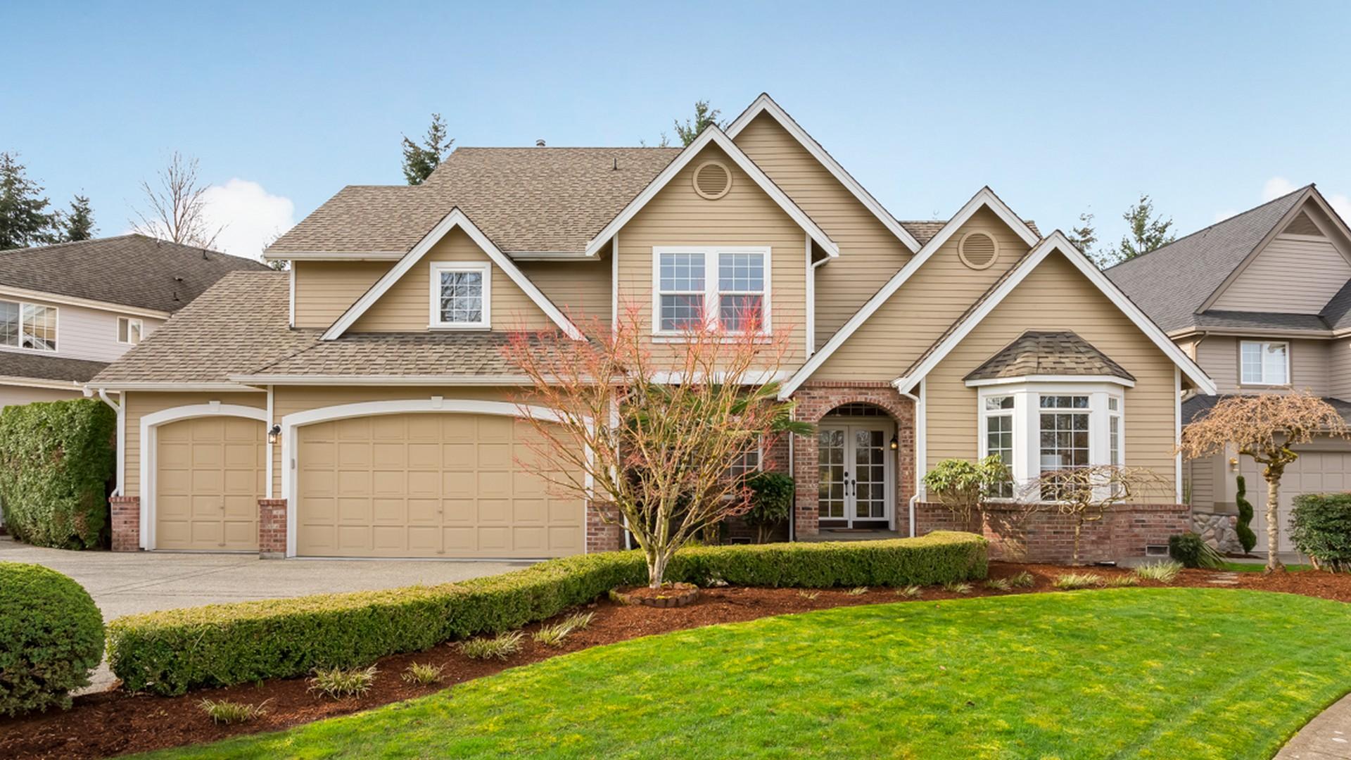 Single Family Home for Sale at Honey Creek Ridge Craftsman 2523 Lynnwood Ave NE Renton, Washington 98056 United States
