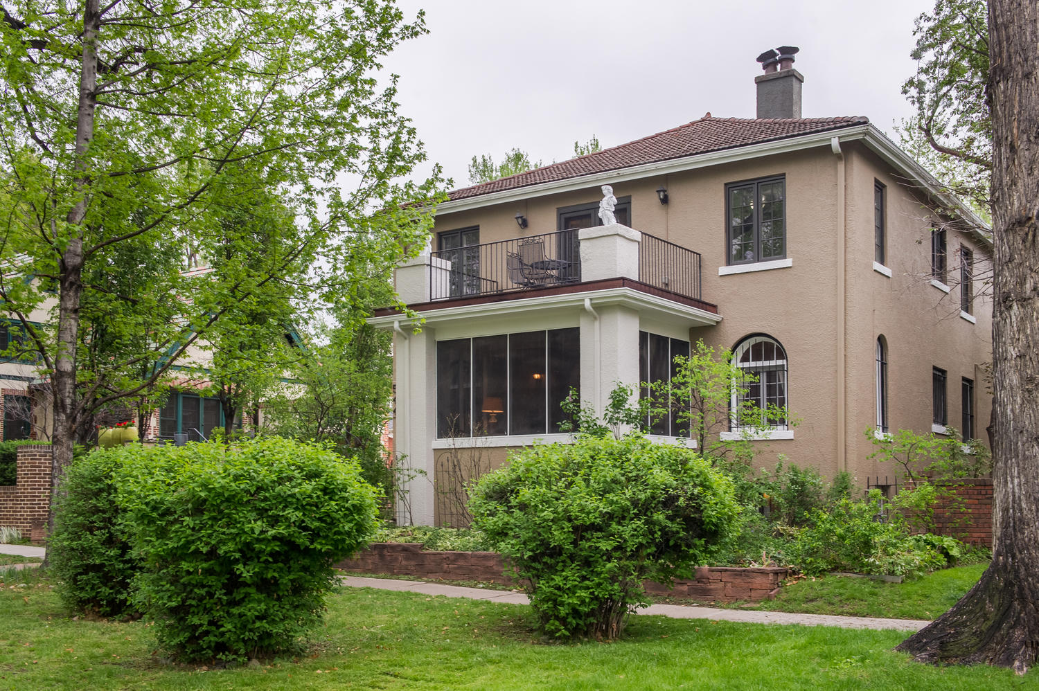 Single Family Home for Active at Stunning Williams Parkway Two Story 544 Williams Street Denver, Colorado 80218 United States