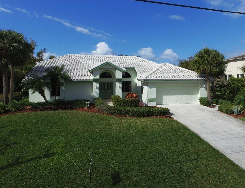 Single Family Home for Sale at 165 S Sewalls Point Road Stuart, Florida, 34996 United States