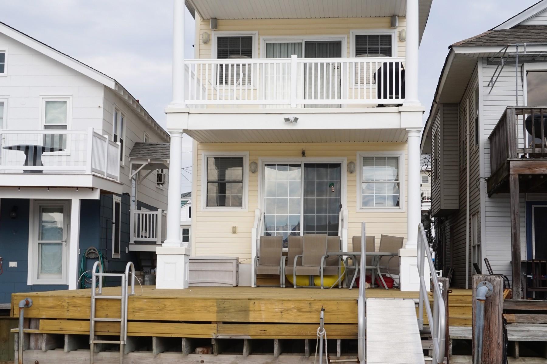 Moradia para Venda às Incredible Bayfront Single 38 W. 16th Street Ocean City, Nova Jersey, 08226 Estados Unidos