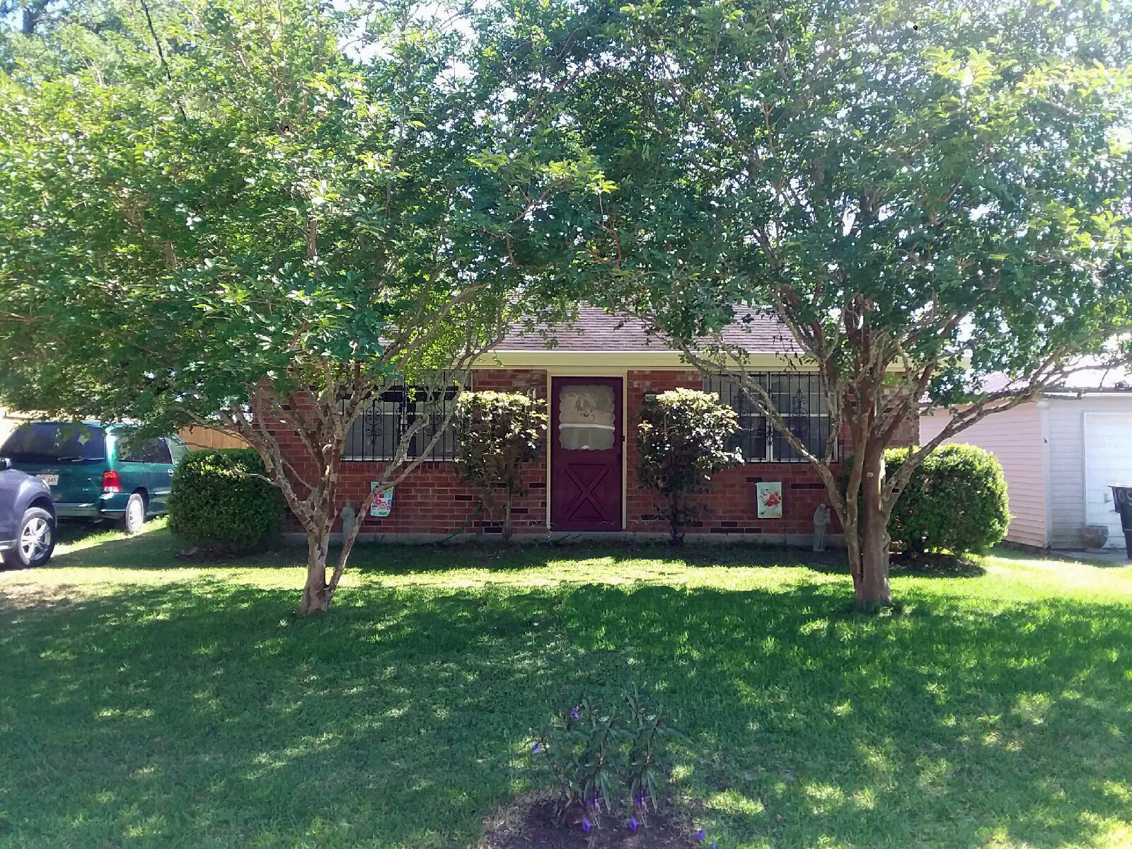 Single Family Home for Sale at 103 E Cuevas Street, Belle Chasse 103 E Cuevas St Belle Chasse, Louisiana 70037 United States