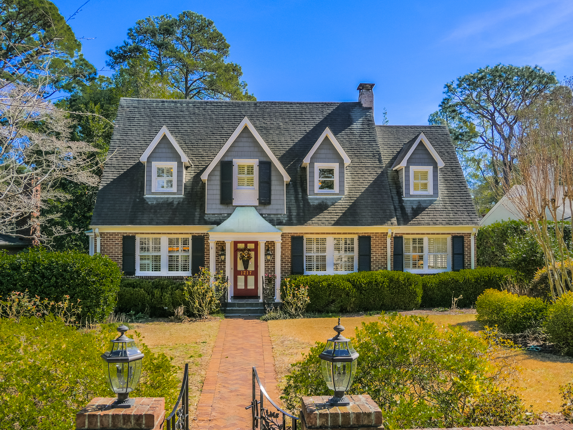 Single Family Home for Sale at Timeless Tradition 1217 Country Club Rd Wilmington, North Carolina, 28403 United States