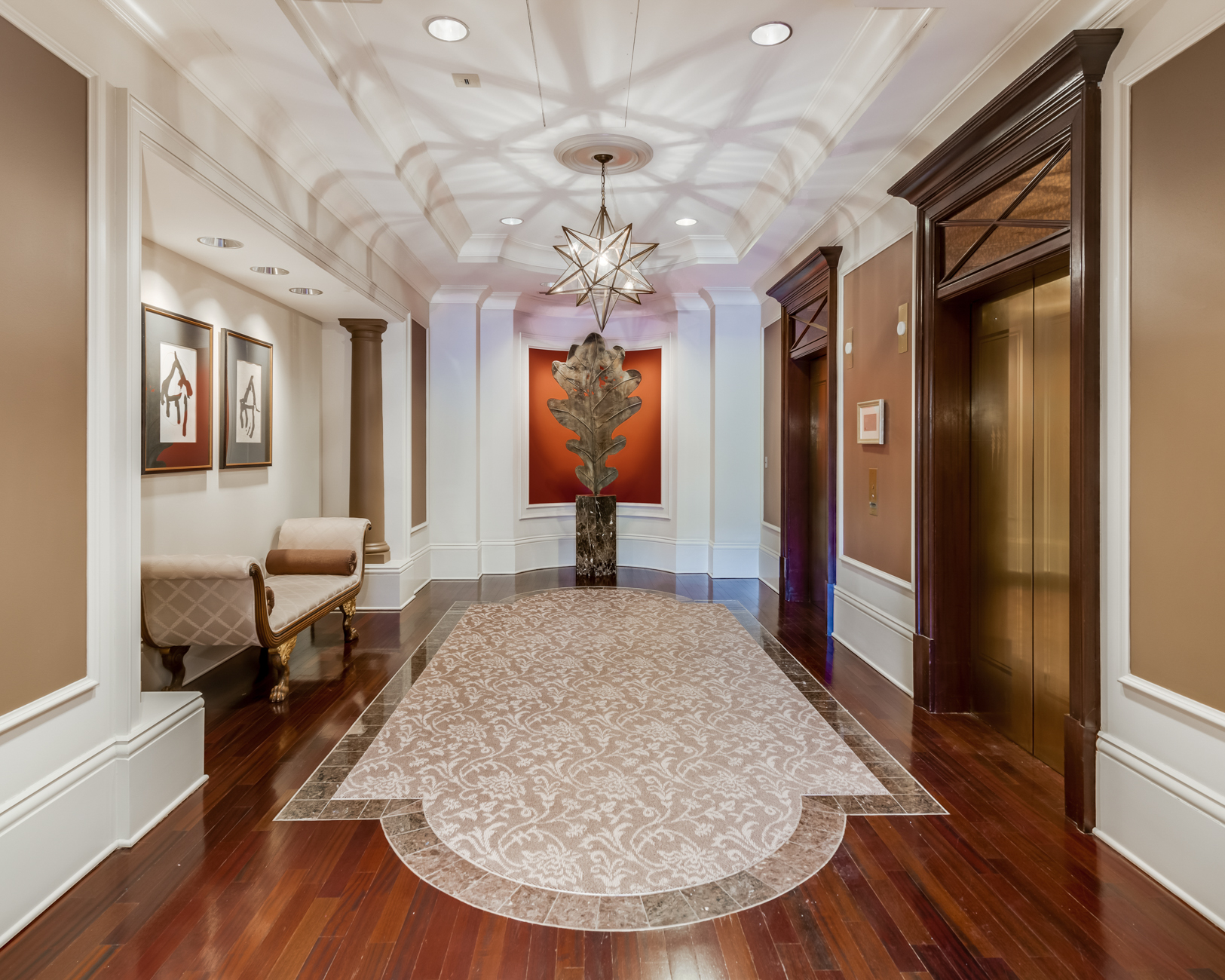 Additional photo for property listing at Carondelet Plaza 150 Carondelet Plaza # 501 St. Louis, Missouri 63105 United States